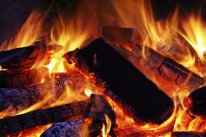 carvão e churrasco